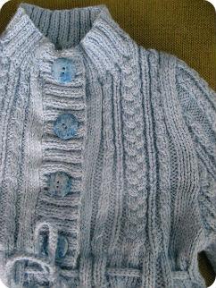 Cardigan bleu long fille détail devant